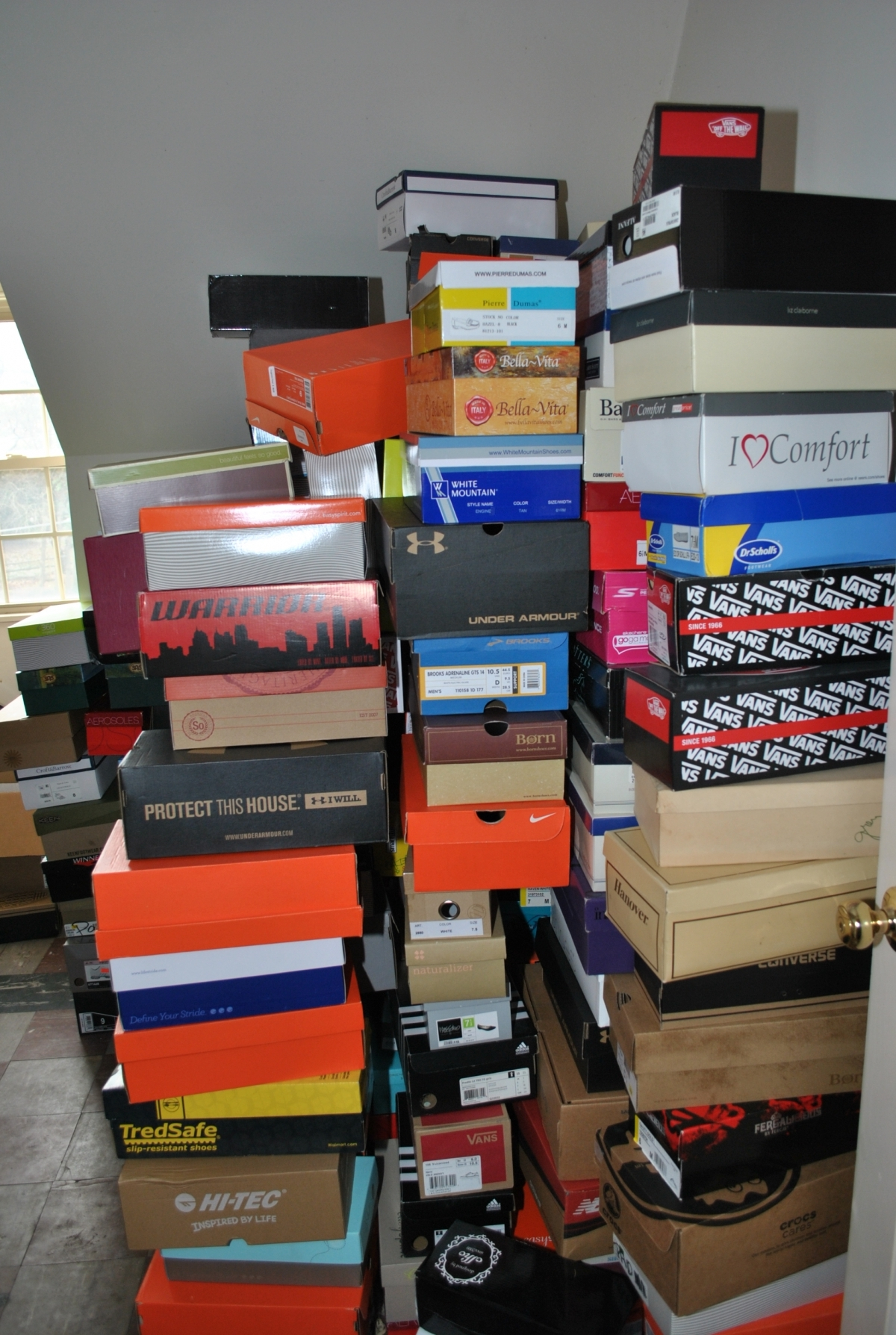 midhigh-shoeboxes_0519